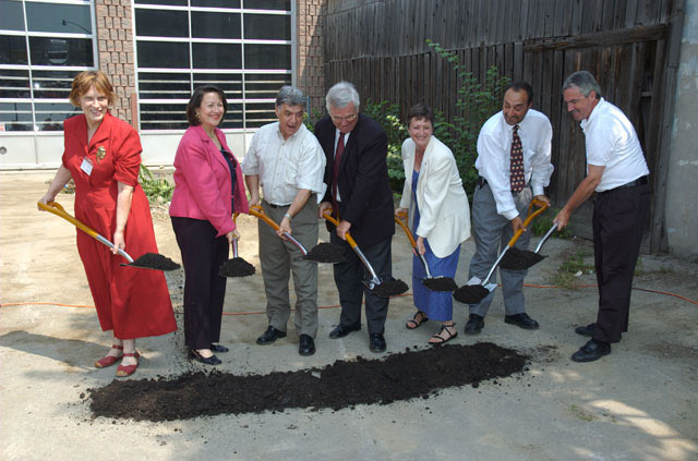In August, 2005, Neighbourhood Link broke ground for the Community Link House. Among those on hand were Judith Leon, Executive Director; Maria Minna, Beaches East York MP; Joe Fontana, Federal Minister of Labour and Housing: Councillor Janet Davis; Andy Caradona, Neighbourhood Link Board Member; and Michael Prue, Beaches East York MPP.